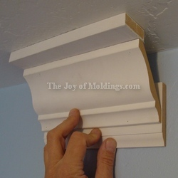 crown molding easy to install