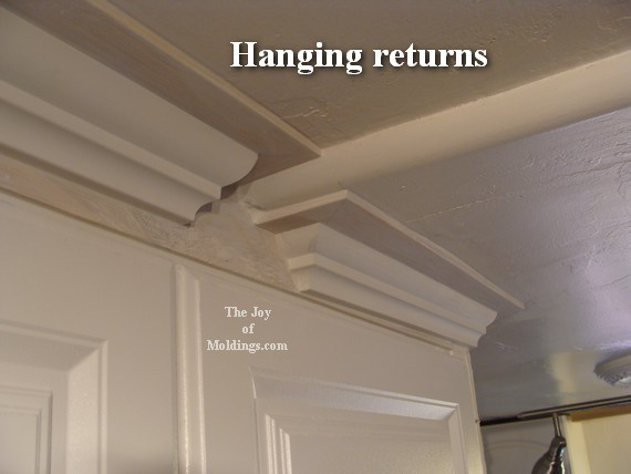 kitchen crown molding design