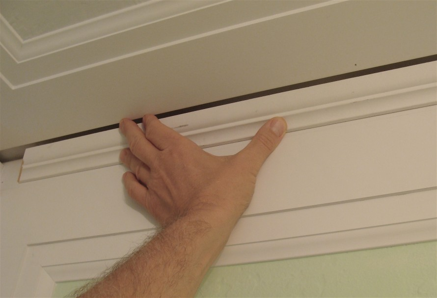 Bathroom Crown Molding Gap The Joy Of Moldings