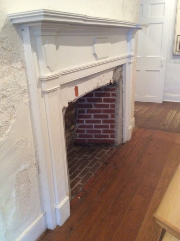 Historic FIREPLACE MANTEL-104, Fort Mackinac - The Joy of Moldings.com